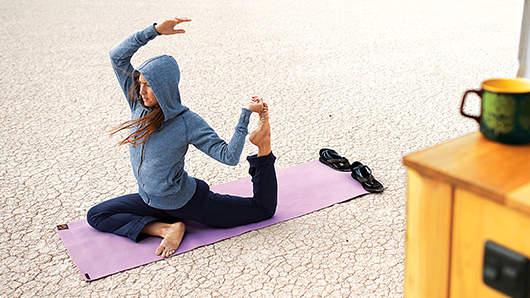 Women's Yoga & Activewear