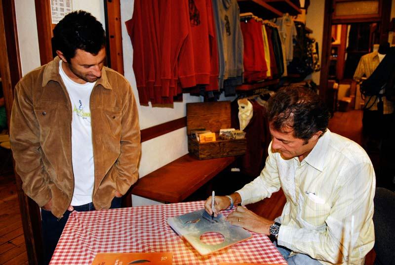 Tomson_signing_2