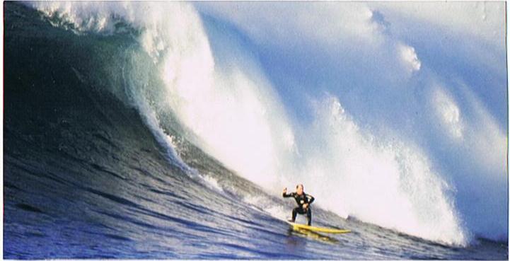 Tony_surfing_2