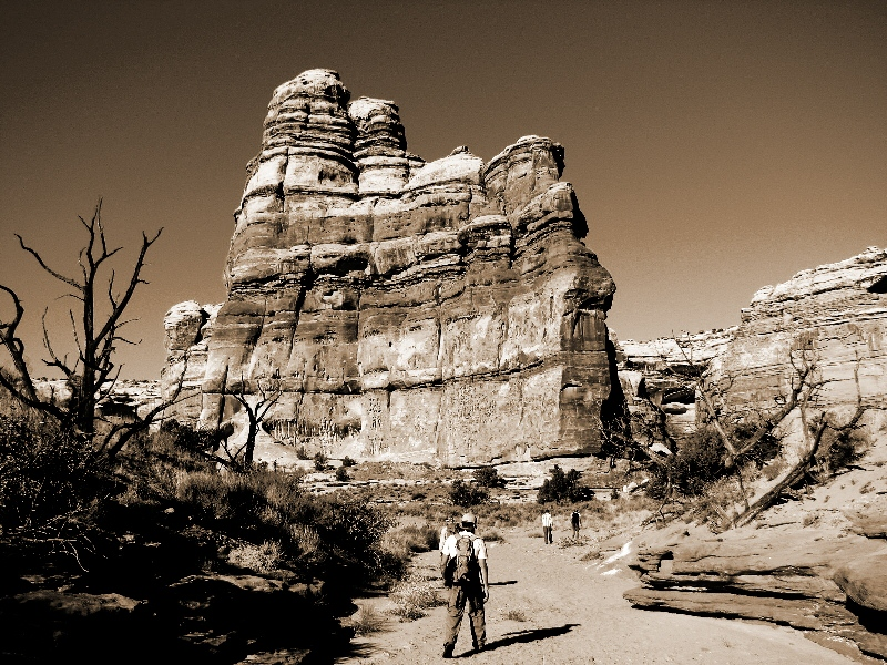 Johnbryantbaker_canyonlandsnp_themaze_UT112