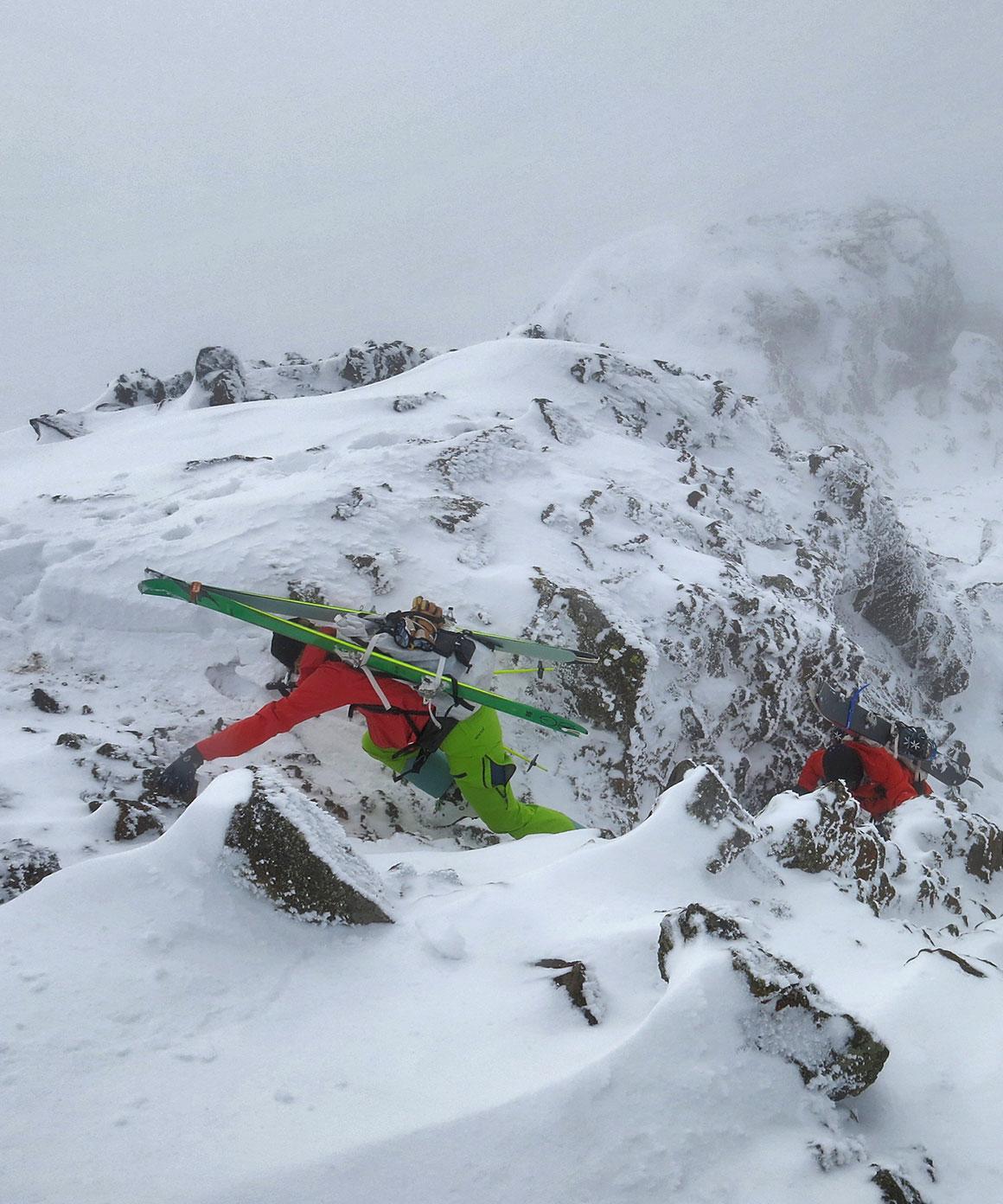 Mountain, Ski Mountaineering, Ski ,Snowboard, Biking online